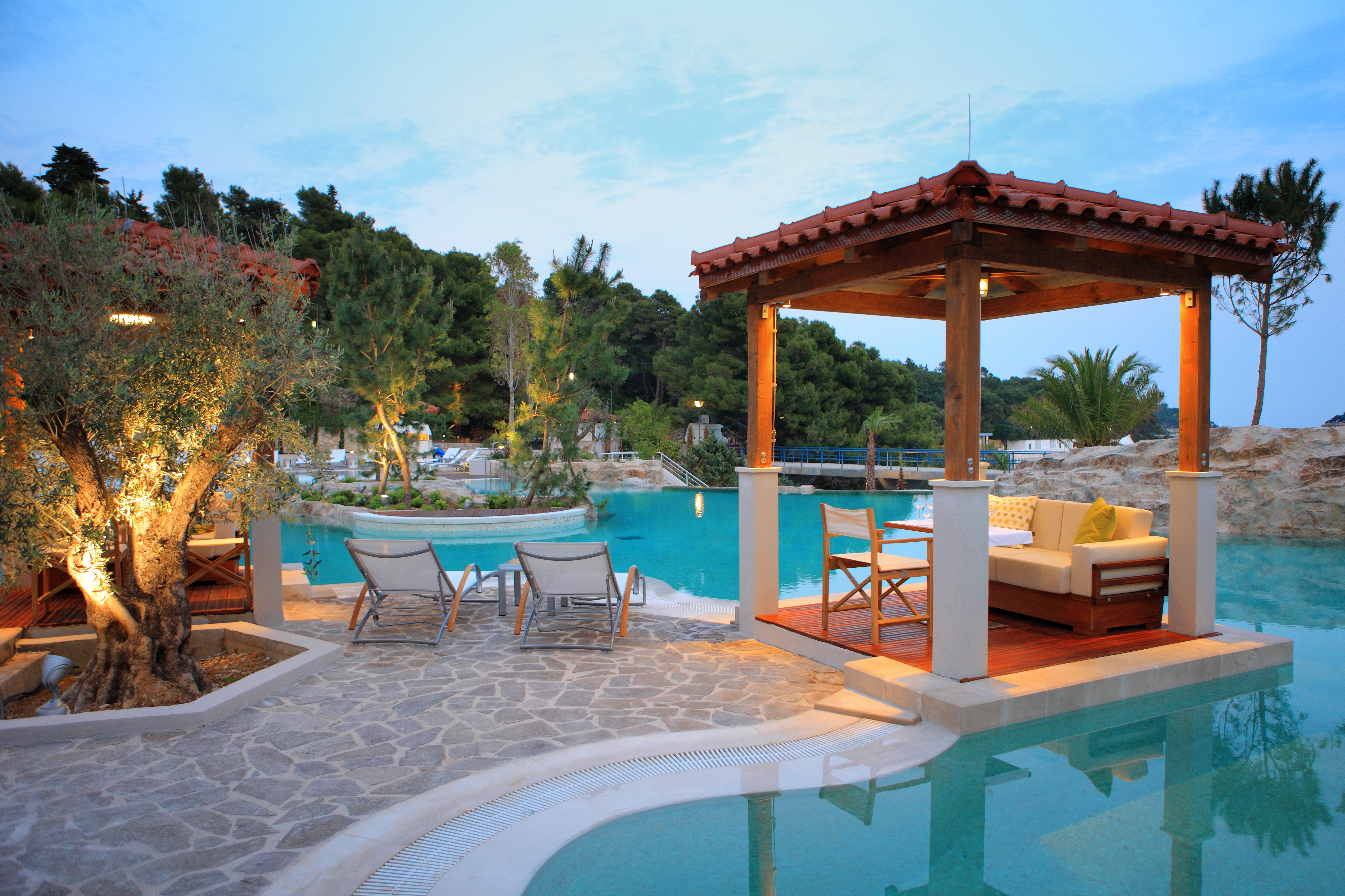 amfora hvar grand beach resort picture gallery suncani. Black Bedroom Furniture Sets. Home Design Ideas