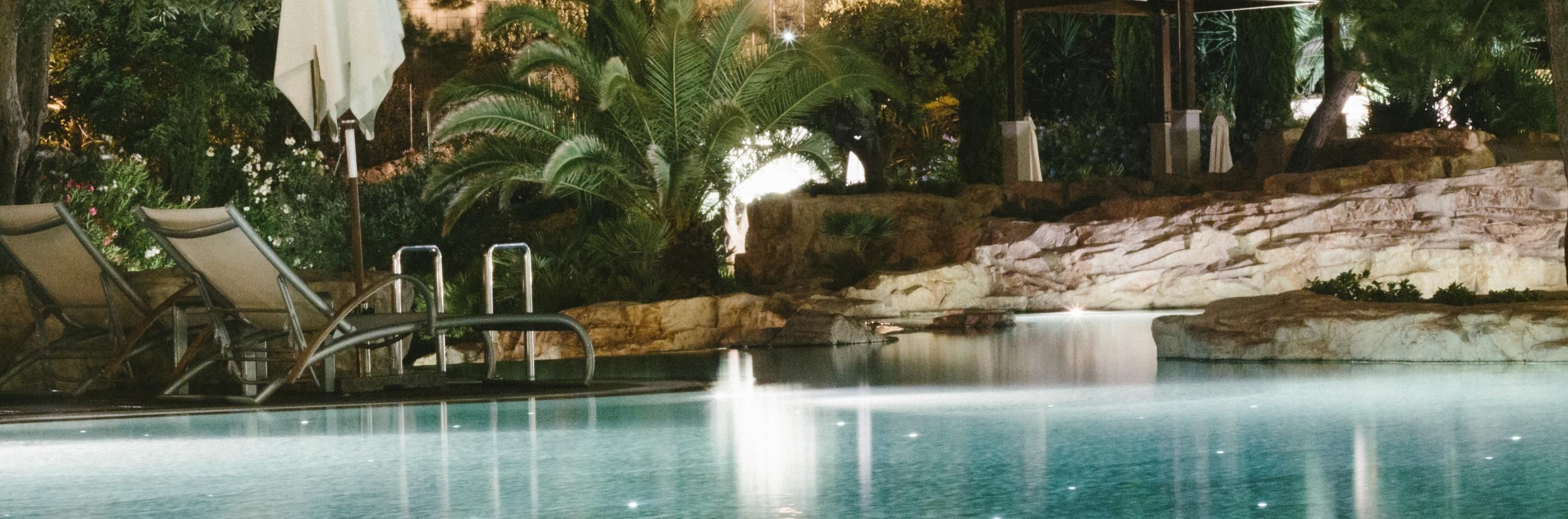 Amfora's Cascades pool at night