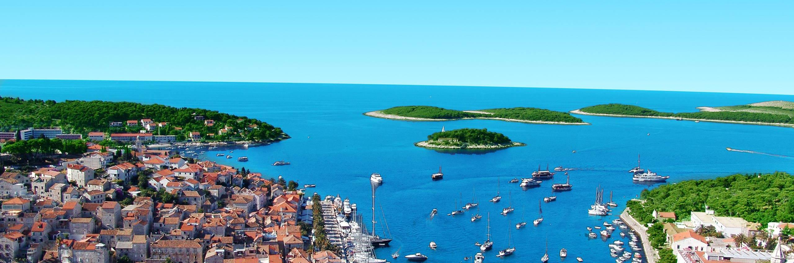Croatia: 1185 islands and islets