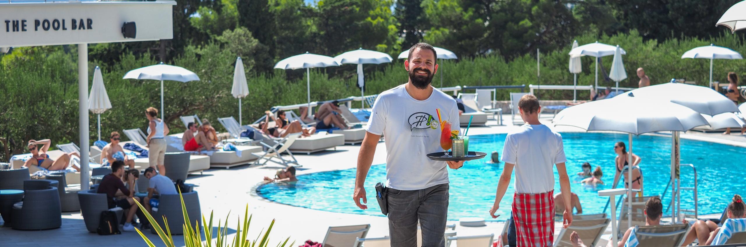 Pool Bar Pharos