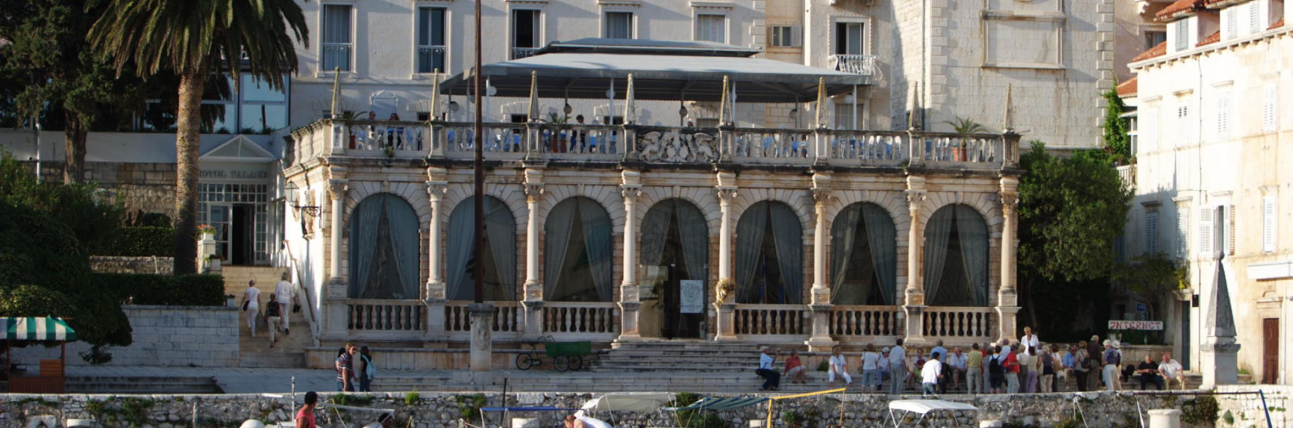 The Palace, hvar